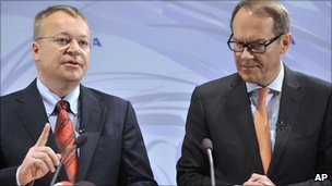 Stephen Elop and Jorma Ollila 