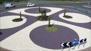 Renovated roundabout