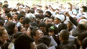 Christians and Muslims clash after Sunday worship, Bekasi - September 2010