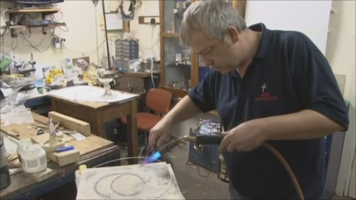 Birmingham craftsman make Pope silverware