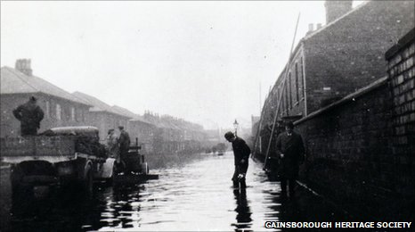 The 1947 floods in Gainsborough's Melrose Road