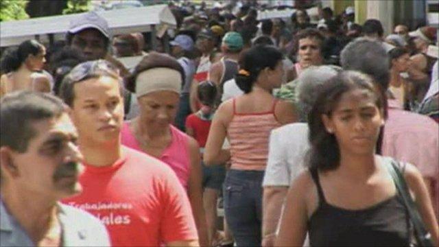 Busy Cuban street