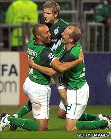 Marko Marin celebrates Bremen's equaliser