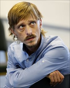 Mackenzie Crook in rehearsal for The Aliens (Photo: Simon Annand)
