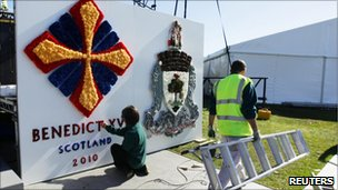 Preparations in Glasgow for the Papal visit