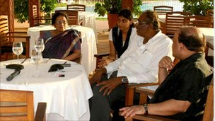 Mangayarkarasi Amirthalingam with family and friends in Colombo