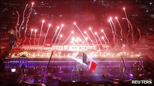 Mexico enjoys bicentennial fiesta to mark independence
