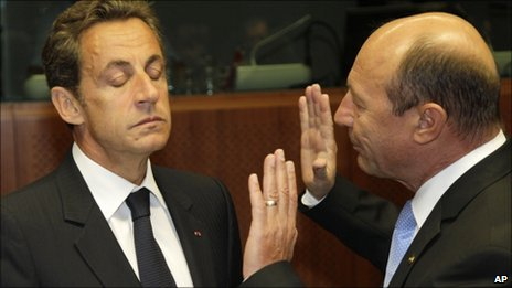 French President Nicolas Sarkozy, left, and Romanian President Traian Basescu in Brussels on 16 September, 2010