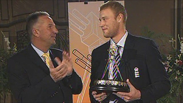 Andrew Flintoff recieves the SPOTY 2005 award from Ian Botham