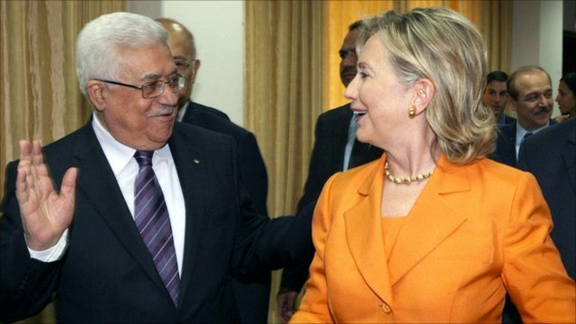 Palestinian President Mahmoud Abbas  and US Secretary of State Hillary Clinton