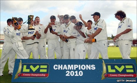 Nottinghamshire celebrate winning the 2010 County Championship