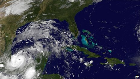 Image provided by Nasa shows Hurricane Karl about 95 miles from Veracruz, Mexico (17 September 2010)