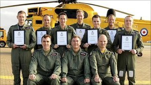 Graduation class with Ft Lt Wales pictures centre back (pic: Ministry of Defence)