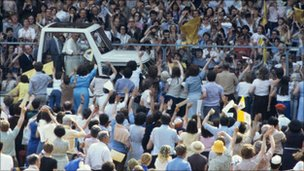 The Popemobile at Wembley in 1982
