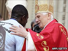 Paschal Uche meets with Pope Benedict XVI at Westminster Cathedral