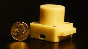 Lensless microscope prototype