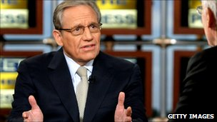 Tom Brokaw (R) listens as Bob Woodward speaks during a taping of &#039;Meet the Press&#039; at the NBC studios September 14, 2008 in Washington
