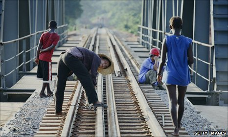 Chinese railway worker on Benguela track