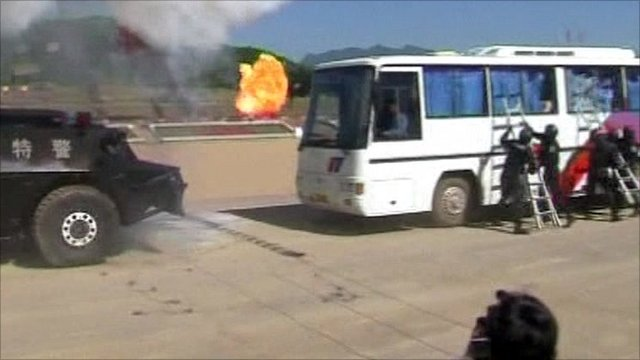 Chinese special forces stage hijack drill