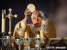 Pope Benedict XVI conducts Mass at Bellahouston Park on September 16, 2010 in Glasgow