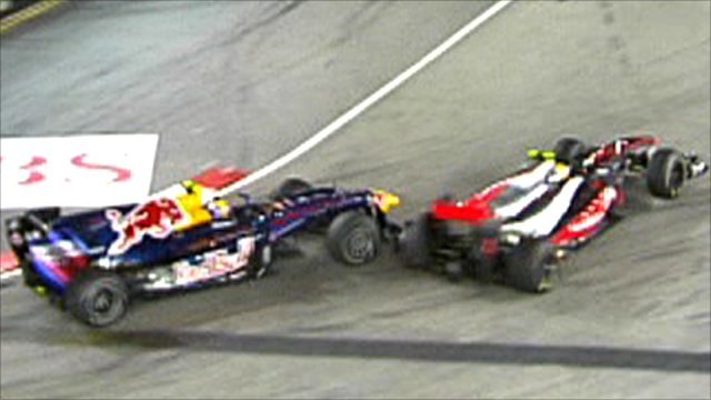 Mark Webber and Lewis Hamilton collide