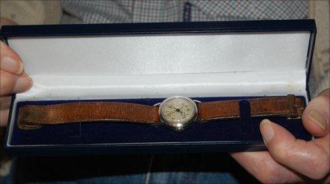 Flight Sergeant Victor Henry Andrews' watch