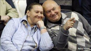 Yuri Luzhkov watches tennis in Moscow with his wife Yelena Baturina, 2007