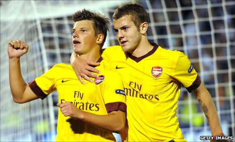 Andrey Arshavin (left) and Jack Wilshere (right)
