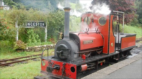 At the platform of Launceston Steam Railway
