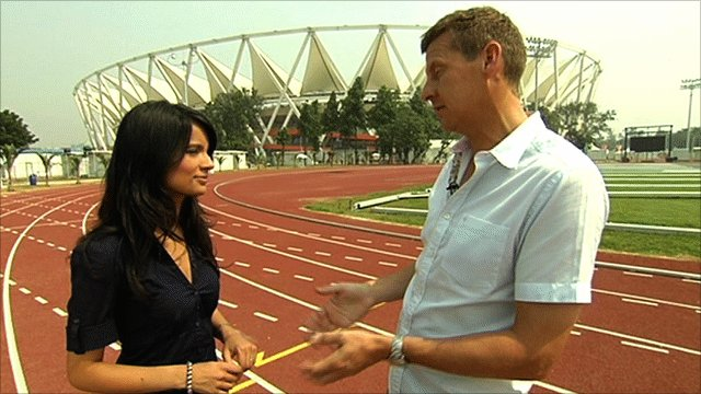Steve Cram(r) talks to BBC's Sonali Gudka