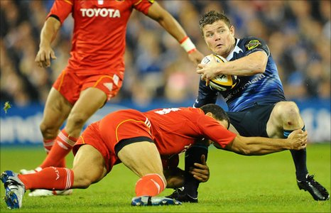 Doug Howlett tackles Brian O'Driscoll