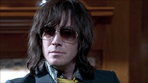 Rhys Ifans as Howard Marks in Mr Nice