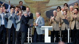 First Minister Carwyn Jones presented the 2010 Ryder Cup trophy to Europe captain Colin Montgomerie