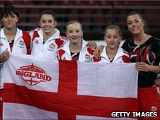 The England team with reserve Becky Wing