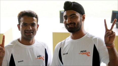 Vijay Kumar (L) and Gurpreet Singh