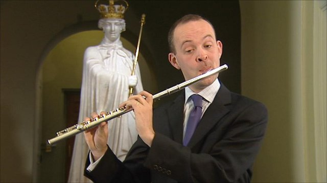 Musician playing an extract from a missing vivaldi flute concerto