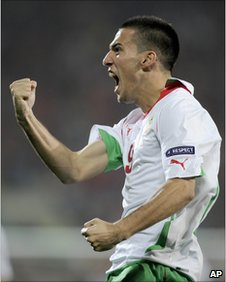 Ivelin Popov celebrates his goal for Bulgaria against Wales in Cardiff