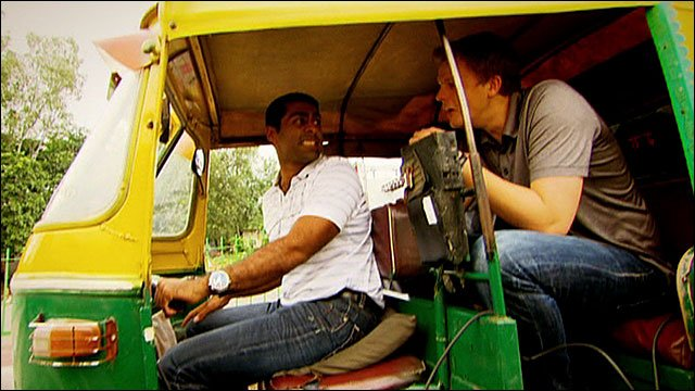 Karun Chandhok takes Jake Humphrey for a spin round Delhi