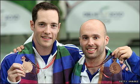 Jonathan Hammond and Neil Stirton with their bronze medals