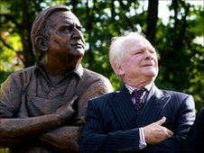 The bronze statue of Ronnie Barker with David Jason