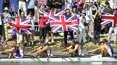 Supporters cheer on Team GB rowers in Sydney