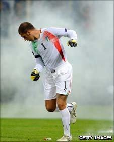 Italy keeper Emiliano Vivian