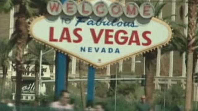 A sign welcoming people to Las Vegas