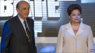 Jose Serra and Dilma Rousseff in a TV debate