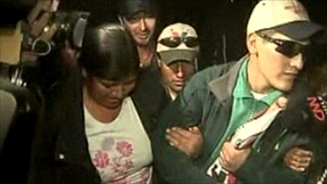 Carlos Mamani arrives home