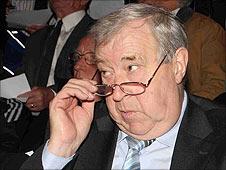 IFA president Raymond Kennedy
