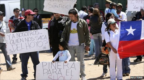 Workers protesting at the San Jose mine on Sunday