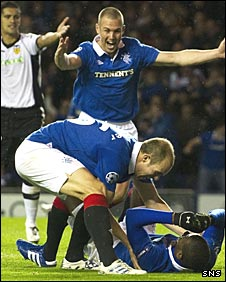 Rangers celebrate Edu's opening goal