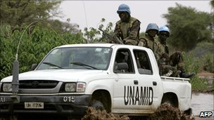 Unamid soldiers in Darfur (file photo)