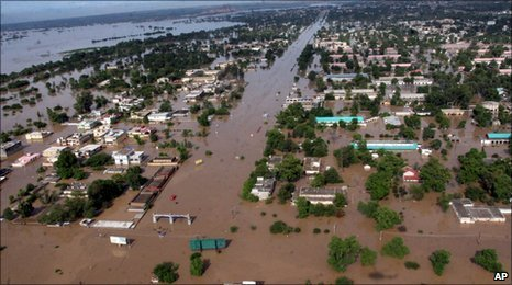 Aerial view of Pakistani floods, Nowshera City
